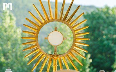 活出默主哥耶: 朝拜聖體