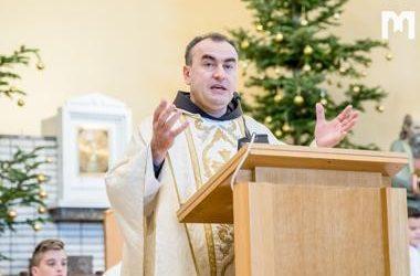 默主哥耶堂區主任司鐸Marinko Sakota神父的聖誕祝福